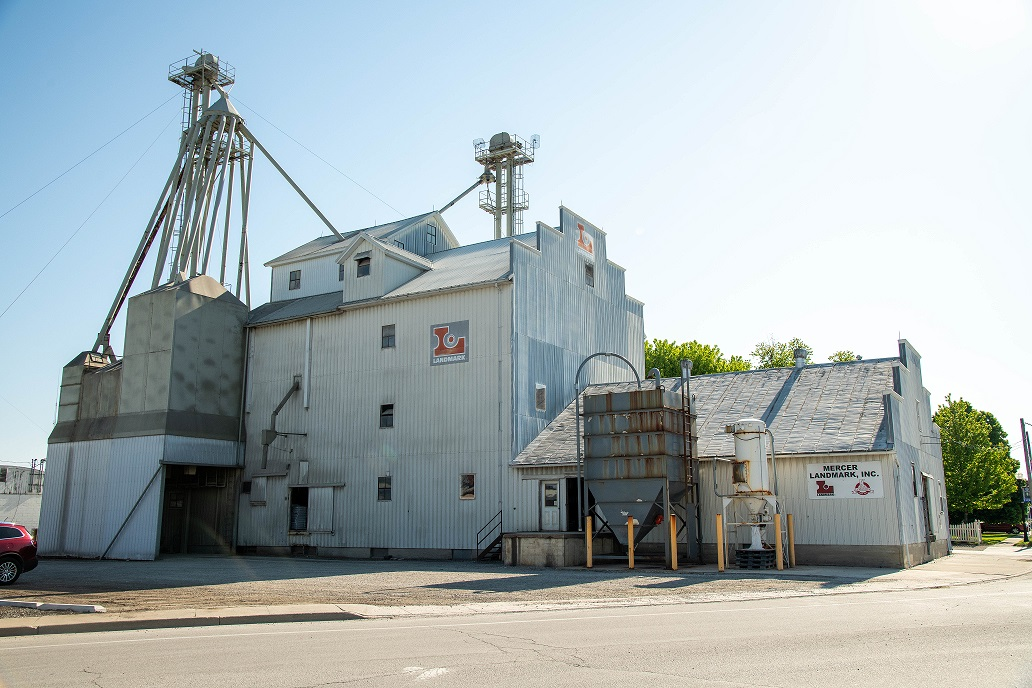 St. Henry Feed Mill | Serving Our Customers Since 1966
